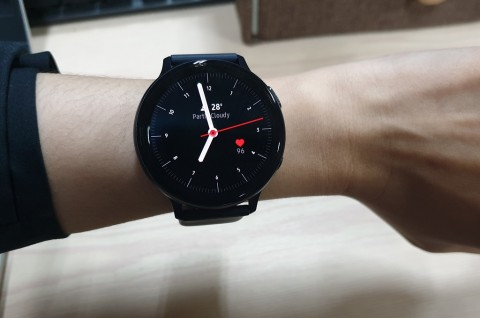 Samsung Galaxy Watch Active 2 Elegan dan Responsif, Baterainya?