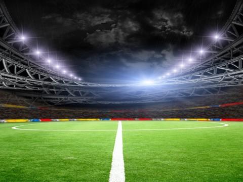 Anderlecht Dikenai Sanksi Usai Fan Melempar Kembang Api