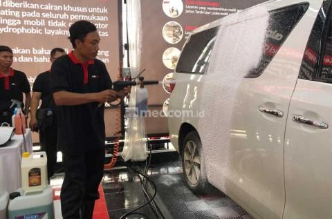 Cuci Mobil di Rumah, Jangan Pakai Sabun Cuci Piring