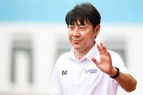Shin Tae-yong Pantau Pemain di Piala Gubernur Jatim 2020