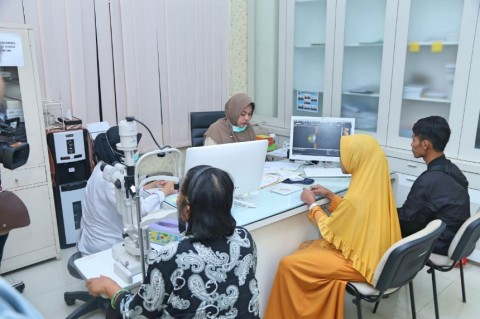 Pusdokkes Polri Gelar Pengobatan Gratis di Jateng