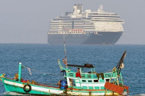 Ditolak karena Korona, Kapal Westerdam Berlabuh di Kamboja