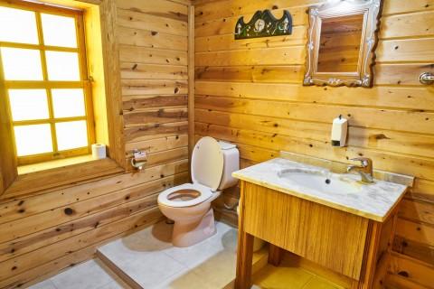 Apakah Alas Duduk Toilet Efektif Mencegah Kuman dan Bakteri?