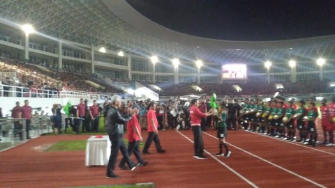Jokowi Resmikan Stadion Manahan Solo