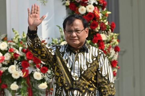 Prabowo Jadi Menteri Jokowi yang Paling Populer