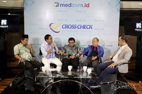 Diskusi Cross Check, Menghidupkan GBHN, Menghidupkan Orba?
