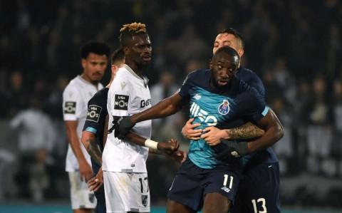 Tidak Tahan Rasialisme, Striker Porto Tinggalkan Lapangan
