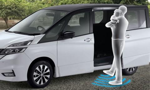 Anti Ribet Buka Pintu Mobil dengan Touchless Sliding Door
