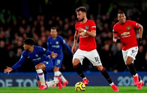 Kalahkan Chelsea, MU Dikritik Fernandes