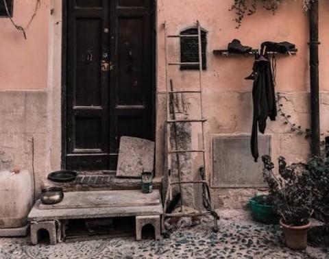 Hal yang Perlu Dicek Jika Rumah Anda Berbau Tidak Sedap