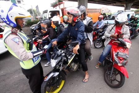 Sri Mulyani Bakal Pungut Cukai Kendaraan Bermotor Penghasil Emisi