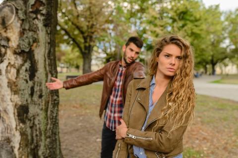 Apakah Kecemasan dalam Hubungan Adalah Sesuatu yang Normal?