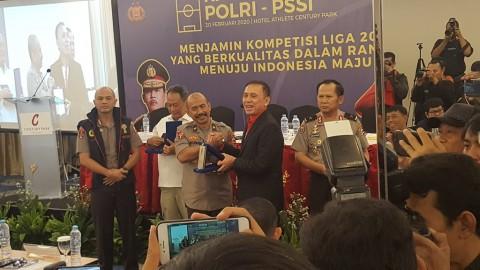 Rapat Koordinasi PSSI dan Polri, Iwan Bule Minta Jadwal Liga tidak Molor