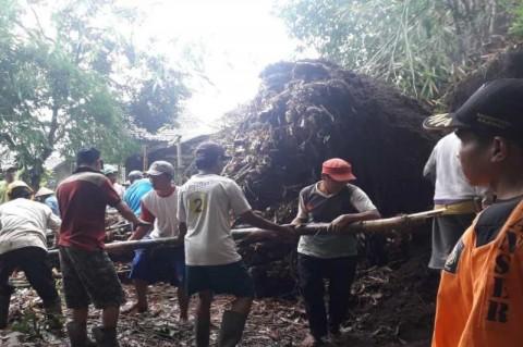 Beberapa Wilayah di Magelang Dilanda Longsor