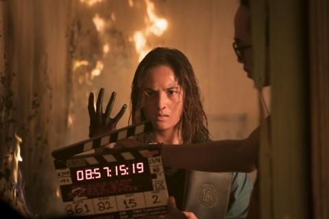 Chelsea Islan dan Karina Salim Bergulat dengan Api di Sebelum Iblis Menjemput 2