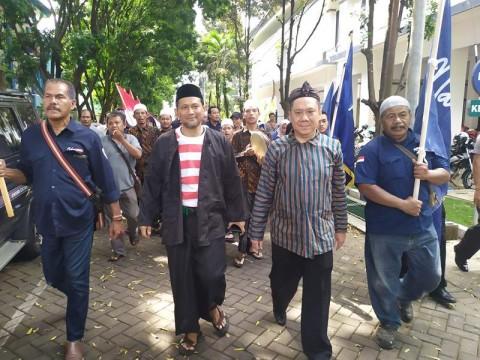 Pasangan 'Malang Jejeg' Setor 133 Ribu KTP ke KPU Malang
