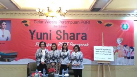 Yuni Shara Dinobatkan Sebagai 'Perempuan Penggerak Pendidikan'