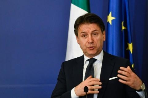 Warga Italia Tewas akibat Korona, 10 Kota Ditutup