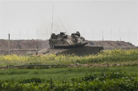 Israel Tembak Dua Warga Palestina Dekat Pagar Gaza