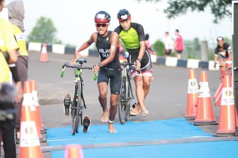 Ratusan Atlet Ikuti Palembang Triathlon 2020