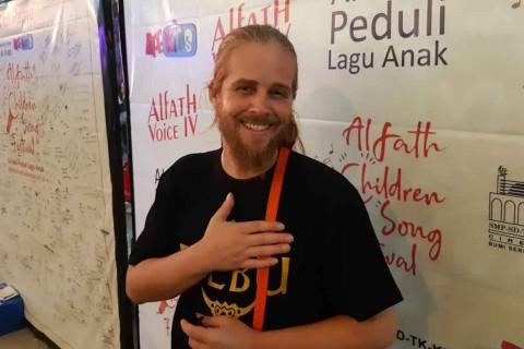 Vokalis Debu Berharap Sekolah Berperan dalam Melestarikan Lagu Anak