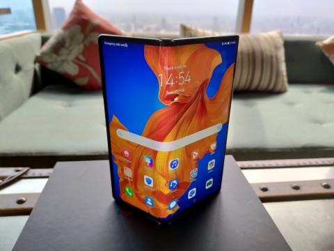 Temani Galaxy Z Flip, Huawei Mate Xs Bakal Masuk Indonesia