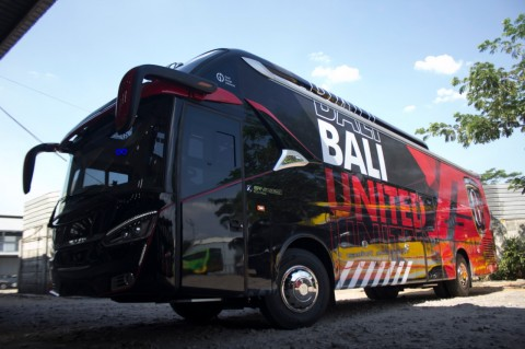 Sensasi Menumpang di Bus Official Bali United