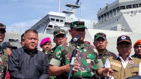 KRI Banda Aceh Pasok Logistik ke Pulau Sebaru
