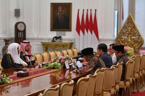 Bertemu Jokowi, Sekjen Liga Muslim Dunia Puji Toleransi Indonesia