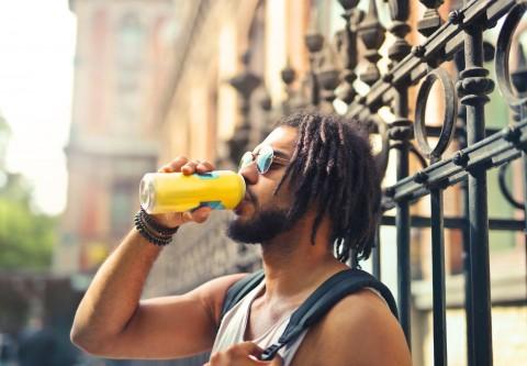 Efek Mengonsumsi Minuman Berenergi pada Tubuh