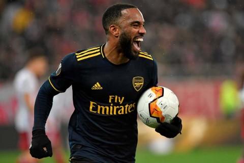 Meski Gagal ke Liga Champions, Lacazette Siap Bertahan untuk Arsenal