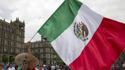 Bank Sentral Meksiko Turunkan Pertumbuhan Ekonomi
