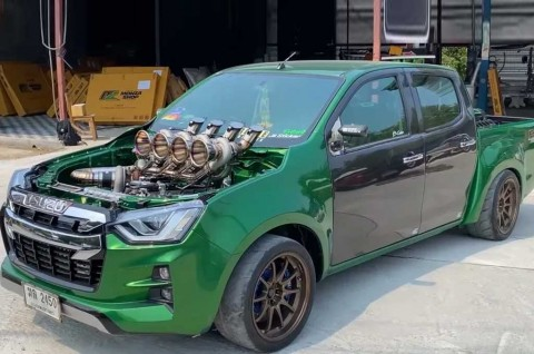 Modifikasi Ekstrim Isuzu D-Max Pakai Lima Turbocharged