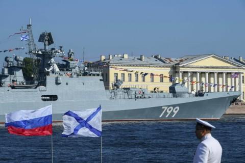 Konflik dengan Turki, Kapal Perang Rusia Transit di Bosphorus