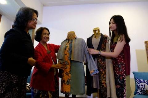 <i>Traveling</i> Makin Kece dengan Batik Lasem