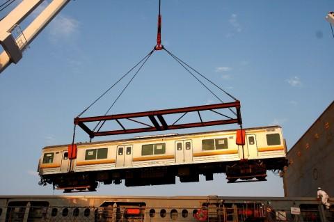 Pembebasan Lahan Proyek Kereta Trans Sulawesi Diminta Dikebut