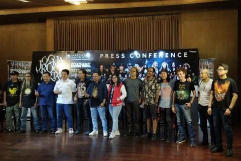 Jogjarockarta Pertemukan Vokalis Whitesnake dengan God Bless setelah 45 Tahun