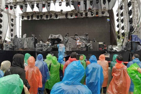 Diguyur Hujan, Kelompok Penerbang Roket Buka Jogjarockarta 2020