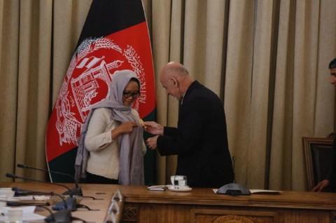 Menlu RI Terima Bintang Kehormatan Malalai dari Afghanistan