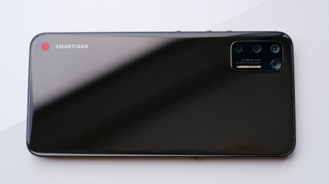 Begini Smartphone Pertama Buatan TikTok, Berminat?