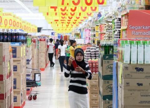 Panik Korona, Masyarakat Mulai Serbu Supermarket di Jakarta