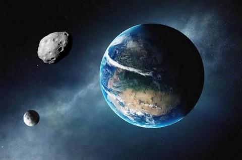 Ilmuwan Sebut Kini Bumi Punya Dua Bulan