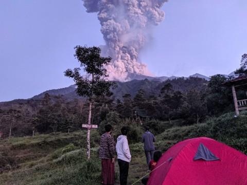 Jateng Kirim 8.000 Masker ke 5 Desa Terdampak Erupsi Merapi