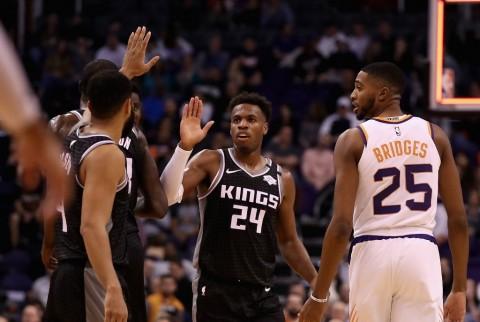 Virus Korona Bikin Tos Jadi Terlarang di NBA