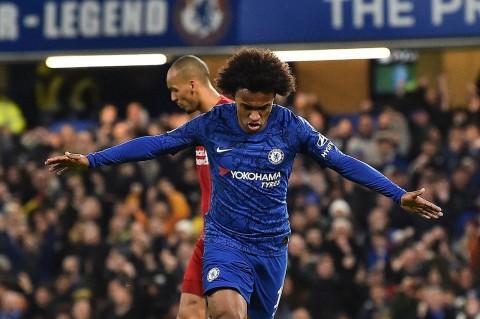 Liverpool Tersungkur di Kandang Chelsea