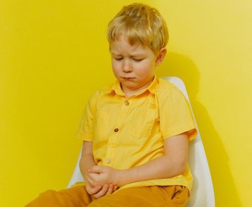 Satu dari tiga anak mempunyai pola defekasi berisiko konstipasi, yaitu meski buang air besar setiap hari tetapi memiliki konsistensi yang keras. (Foto: Ilustrasi. Dok. Pexels.com)
