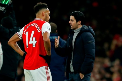 Arsenal Segera Bahas Kontrak Baru Aubameyang