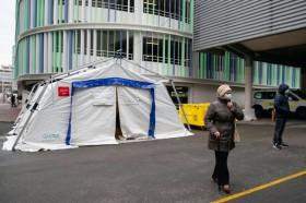 Pejabat Terinfeksi Korona, Prancis Larang Pertemuan Besar