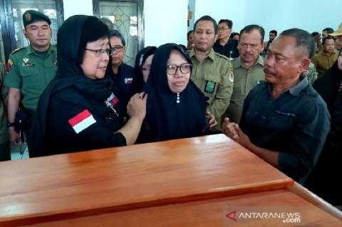 Menteri Siti Lepas Jenazah Staf Korban Tabrakan Kapal