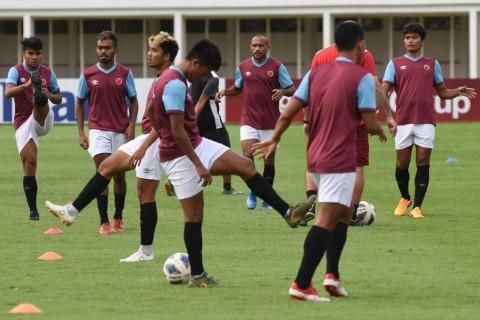 Babak Pertama: 10 Pemain PSM Ungguli Kaya FC